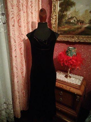 Vestido nuevo terciopelo negro talla M espalda