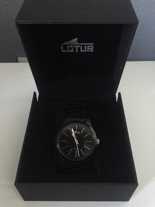 Reloj Lotus negro