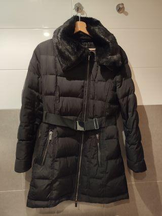 Abrigo negro Mango talla M