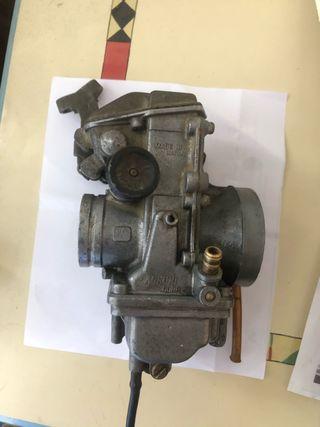 Carburador y deposito Suzuki dr 600 djebel
