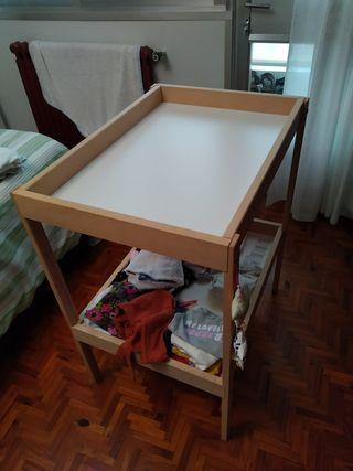 Cambiador bebé Ikea
