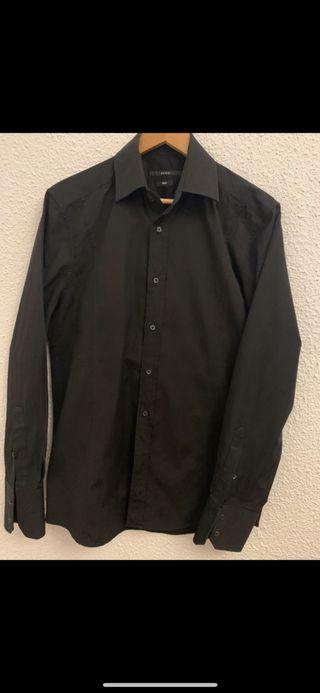 Camisa manga larga como nueva