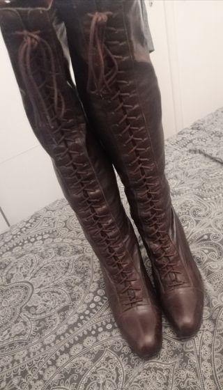 bota Farrutx cordones,tipo calcetín piel marrón