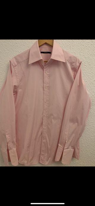Camisa rosa como nueva