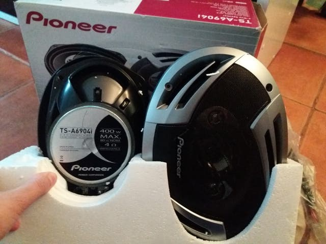 altavoces Pioneer