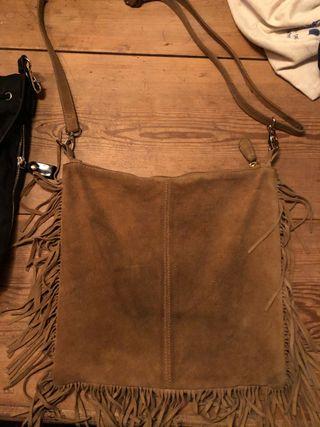 Bolso de piel flecos marrón
