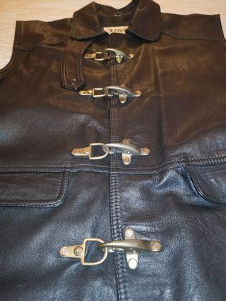 chaleco roquero piel / cuero