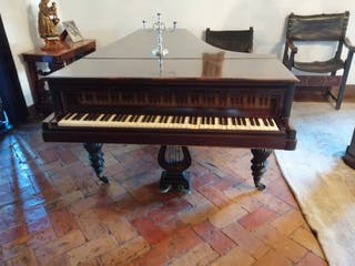 Se vende gran Piano de cola