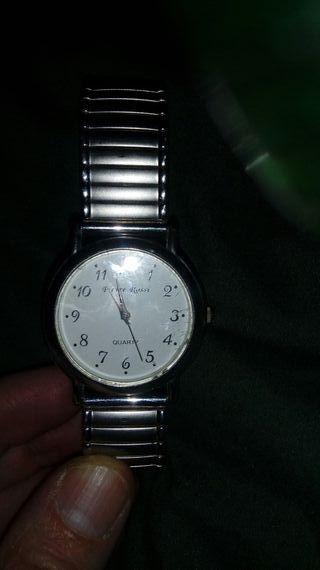 Reloj de pulsera de Pierre Rossi.