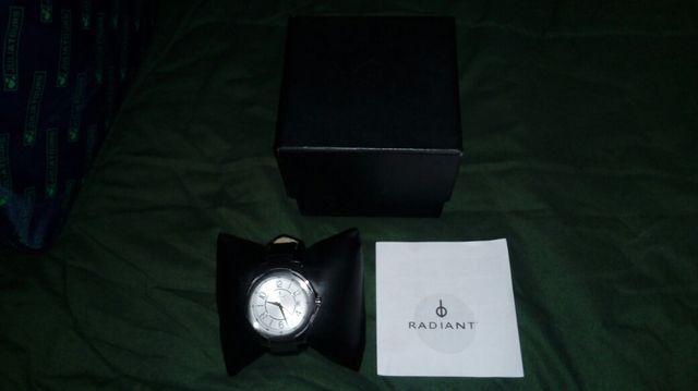 Reloj de pulsera Radiant la Caixa.