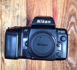 Nikon F - 801