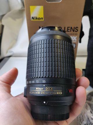 Objetivo Nikon AF-S DX VR 55-200mm f/4-5.6G