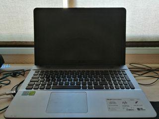 Ordenador Portátil Asus VivoBook Max + Funda