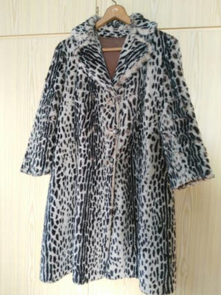 Abrigo leopardo imitación piel