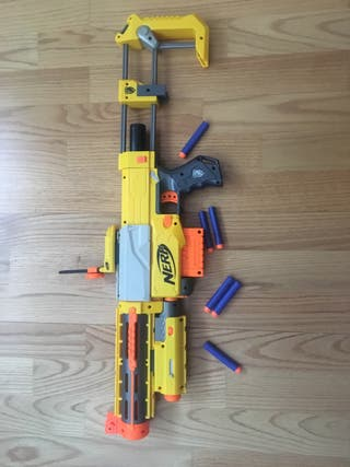 Nerf rival desmontable.