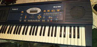 teclado roland EM10
