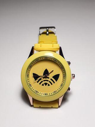 Reloj deporte amarillo