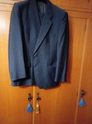 traje de caballero
