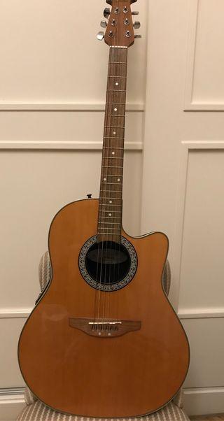 Guitarra Ovation CC024