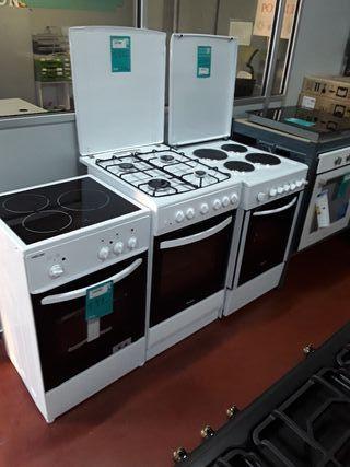 Cocinas eléctricas nuevas .