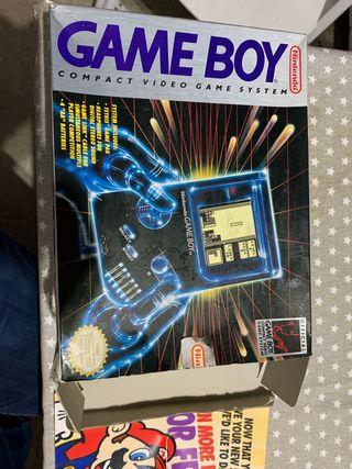 Game Boy dmg-01 con caja y en perfecto estado