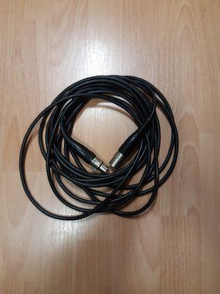 Cable XLR M - XLR F de 6 metros