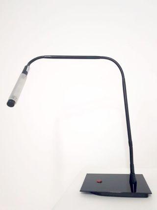 Flexo Host para escritorio negro