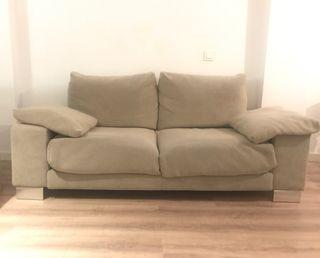 Sofá de diseño 2 plazas gris.