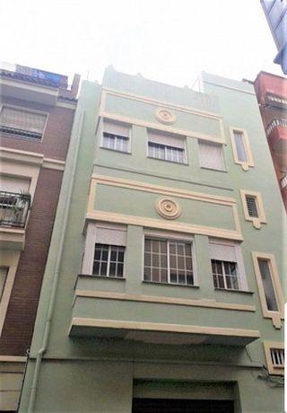 Edificio en venta en El Grau en Valencia