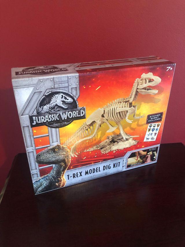 Jurassic World Dig Kit