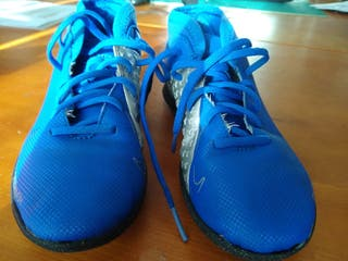 Zapatillas Nike multitacos futbol