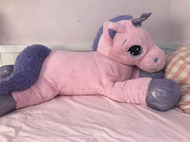 Unicornio o Pony Gigante