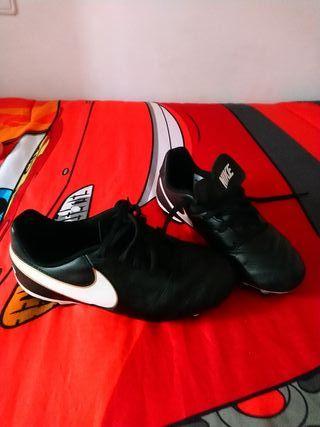 zapatillas de tacos nike talla 34 fútbol
