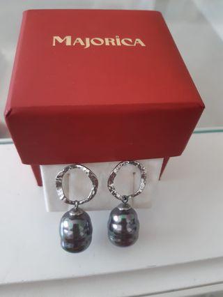 Pendientes d perlas australianas montados en plata
