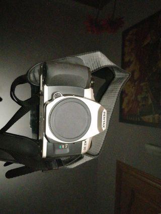 Vendo cámara Pentax analógica rota Mz-30