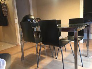URGENTE! Lote de muebles (vitrinas,sillas,mesa...)