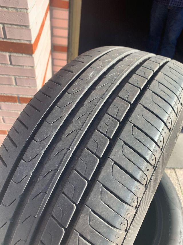4 neumáticos Pirelli P7 215/55 R17 94 W