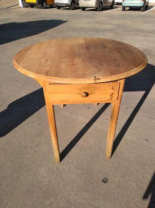 Mesa catalana madera