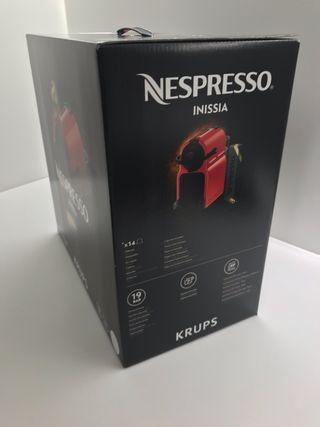 Nespresso Inissia Krups nueva a estrenar