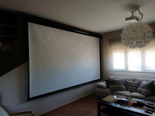 """Proyector Optoma GT760 + pantalla 150"""" motorizada"""