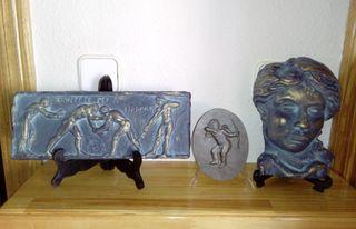 Medallón y figuras decorativas escayola bronce