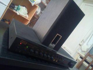 AMPLIFICADOR KARAOKE + 8 MICROS + 50 CINTAS VHS
