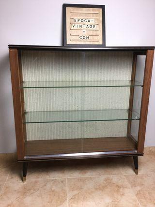 Vintage Turnridge London display/drinks cabinet