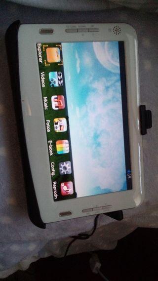 pantalla 8' con reproducción video MP3