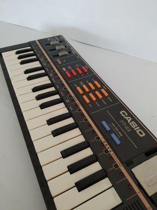 PIANO CASIO PT-82 MUSICAL INTRUMENTO VINTAGE