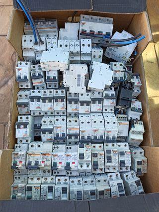automático diferenciale,fusibles, contactores,