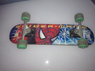 Monopatín vintage Spiderman