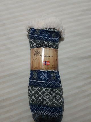 Calcetines antideslizantes nuevos