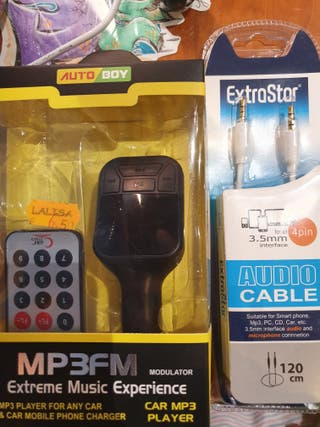 Reproductor para coche + cable.