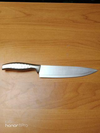 Cuchillo cocinero Vanadio y acero inx. Nuevo